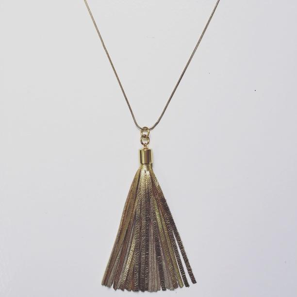 Gold Tassel N/lace